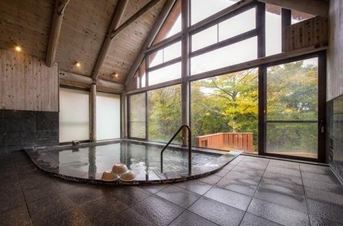 清泉寮の大浴場