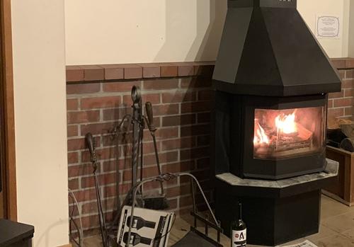 火が付いた暖炉