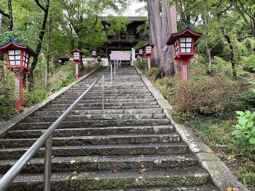 ぶどう寺の階段