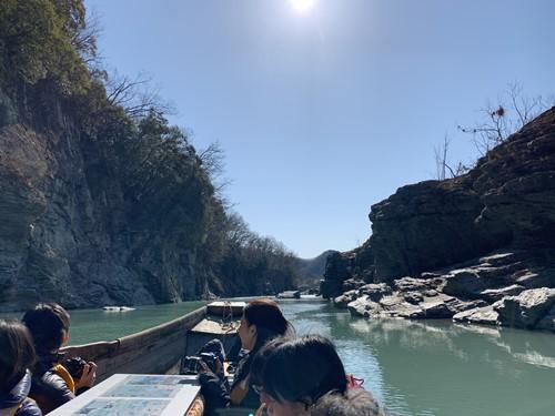こたつ舟の川下り