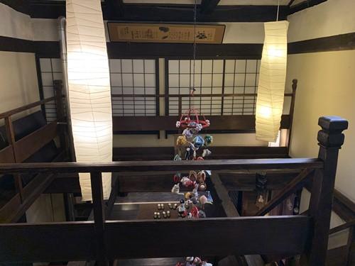 階段の灯り