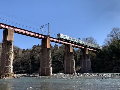 鉄橋と電車②