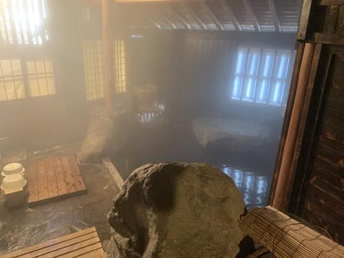 大朗館の内風呂(石)