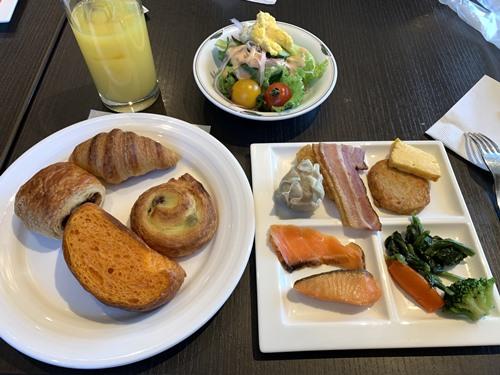 クラブラウンジの朝食①