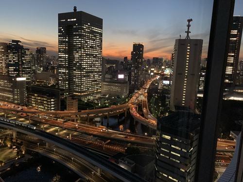 部屋からの眺め_夕方①