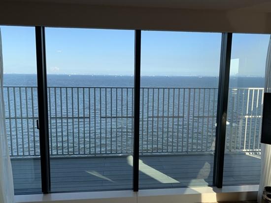 部屋からの眺め(海側)